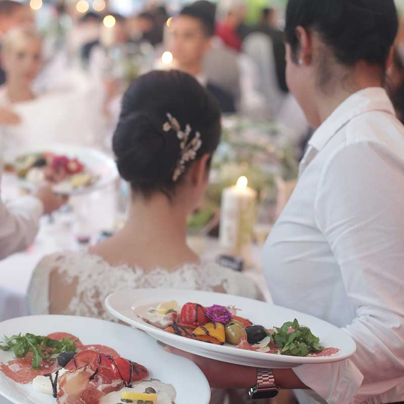 Wedding-Reception-Dinner-Meal-Catering